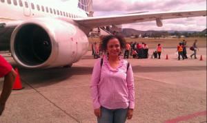 Alexandra adelante avion